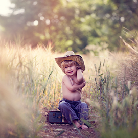 Little Explorer by Chinchilla  Photography - Babies & Children Toddlers