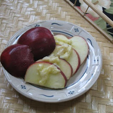 Kellymac's Melted Brie With Apples