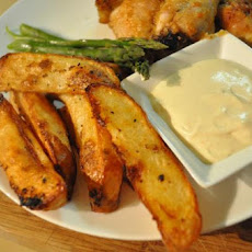 Potato Wedges With Lemon Chilli Sour Cream