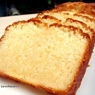 Moist Vanilla Pound / Loaf Cake