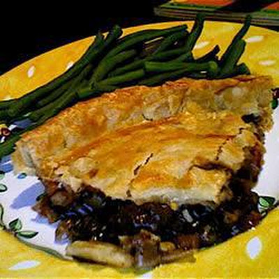 Easy Beef and Gravy Pie