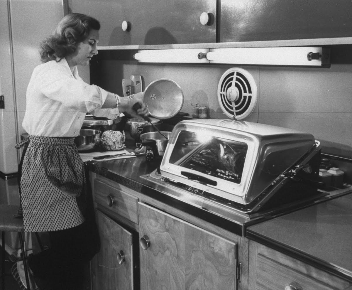 Kitchen gadgets for the modern American housewife