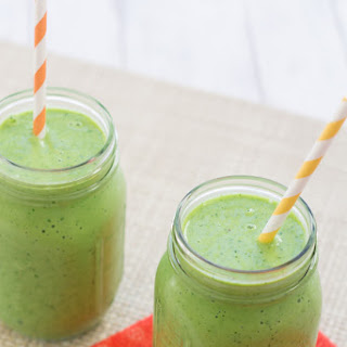 Peach, Mango and Kale Smoothie