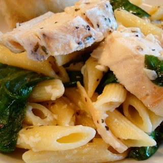 Garlic Chicken Pasta with Spinach