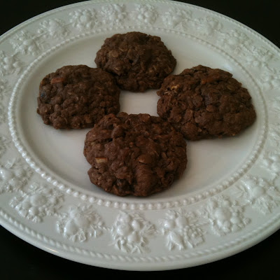Cocoa, Pecan and Date Oatmeal Cookies