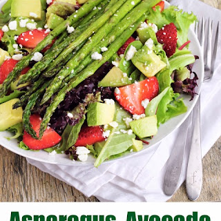 Asparagus, Avocado, and Strawberry Salad with Grapefruit Vinaigrette (Spring Salad)