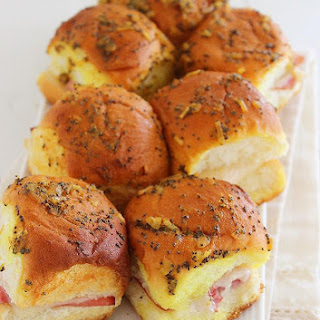 Baked Ham and Swiss Sliders