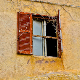 A window to the past by Andrea Riccobene - Buildings & Architecture Other Exteriors (  )