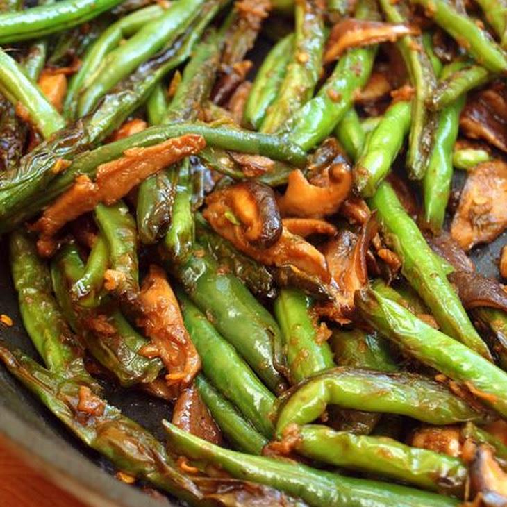 Stir-Fried Szechuan Green Beans & Shiitake Mushrooms Recipe | Yummly