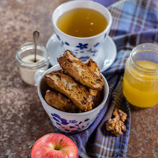 Oat And Honey Biscotti With Walnuts And Raisins