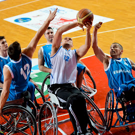 Fighting for a ball by Luca Renoldi - Sports & Fitness Basketball ( basketball, ball, wheelchair, paralimpic, emotions, basket )