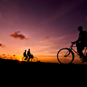 Come across by Gourab Mitra - Transportation Bicycles ( cycke, silhouette, bi-cycle, india, transportation,  )