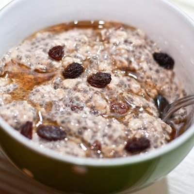 Oatmeal Raisin Cookie Vegan Overnight Oats