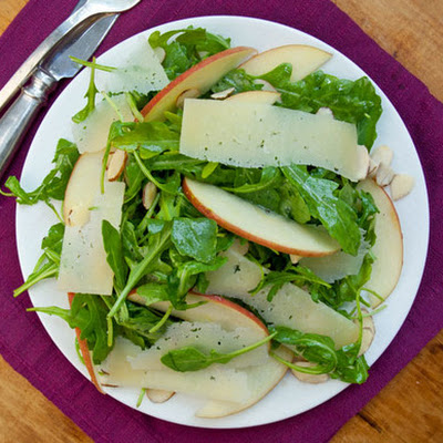 Arugula, Apples and Manchego in Cider Vinaigrette
