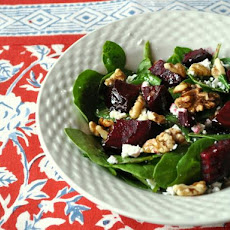 Spinach Salad with Beets and Walnuts