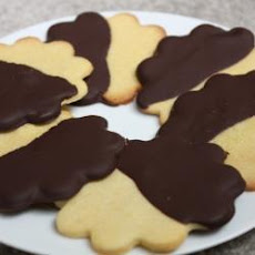 Chocolate-dipped Shortbread