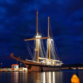 Kraljica mora by Dalibor Jud - Transportation Boats ( crikvenica, mora, croatia, kraljica, hrvatska )