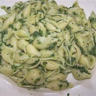 Spinach and Pasta Shells