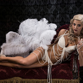Feathers and pearls by Carolyn Holland - Nudes & Boudoir Boudoir