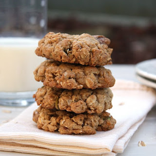 Fig Pistachio Oatmeal Cookies