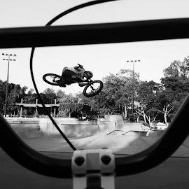by Luke Philemon - Sports & Fitness Cycling (  )