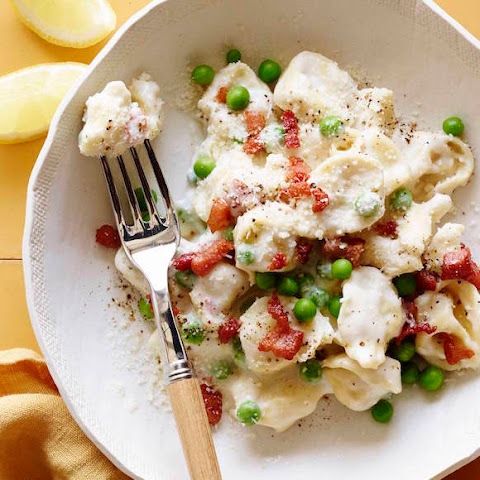 Cheese Tortellini with Peas and Pancetta