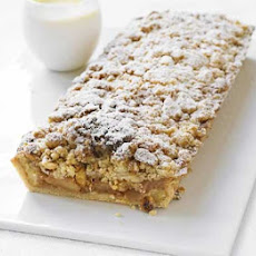 Gordon's Apple & Pear Crumble Tart