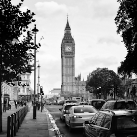 The Big Ben by Ahmad Azaharuddin Omar - City,  Street & Park  Street Scenes ( london, westminister, great britain, big ben, united kingdom )