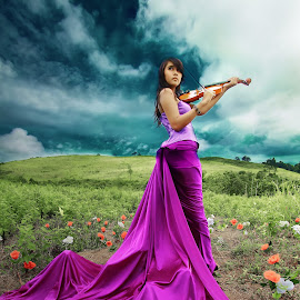 Beauty Violinist girl by Refy Pandawa - People Fashion (  )
