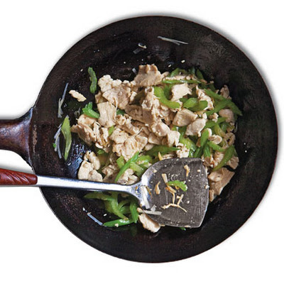 Jirou Chao Qincai (Stir-Fried Chicken with Celery)