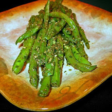 Green Beans With Balsamic Pesto