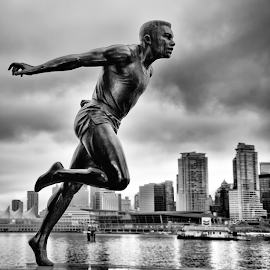 Harry Jerome - Running Man Statue by Xavier Wiechers - Buildings & Architecture Statues & Monuments ( statue, stanley park, harry jerome, canada, vancouver, running, man, british columbia )