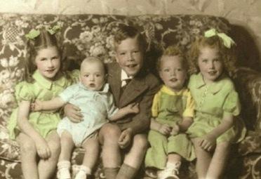 Morris family 1944