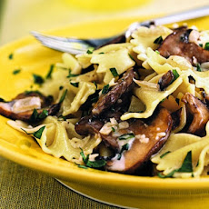 Cooking Light's Farfalle with Creamy Wild Mushroom Sauce