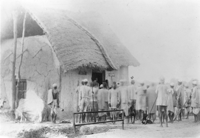 <p> Image of Criminal Tribe in Northern India, 1912 Photo Salvation Army archive</p>