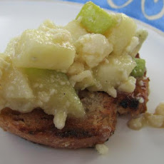 Apple and Gorgonzola Crostini With Lavender Honey