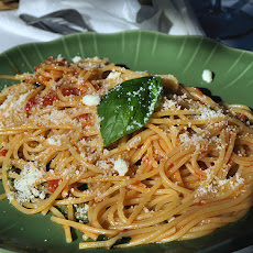 Spaghetti With Parmesan and Bacon (Lower Fat but Mmmm)