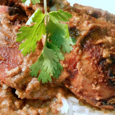 Chicken in Cardamom-Yogurt Sauce
