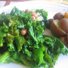 Black-eyed Peas with Garlic and Kale