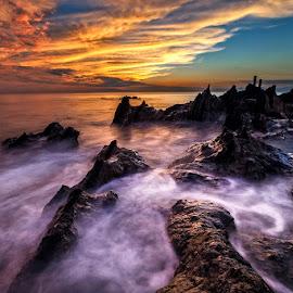 Kuil of The Dragon by Nyoman Sundra - Landscapes Sunsets & Sunrises ( japan, nature, sunset, kanagawa, landscape )