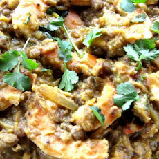 Prawns With Garlic in a Spiced Dhal Curry