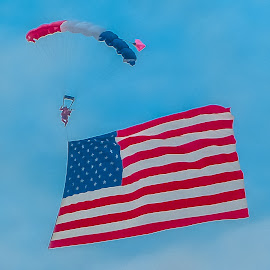 U.S.A.! U.S.A.! by William Thompson - Sports & Fitness Other Sports ( skydiving, parachuting, airshow )