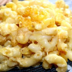 Baked Macaroni and Cheese-Amish