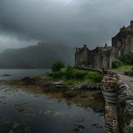 Eilean Donan Castle by Paul Shanahan - Buildings & Architecture Public & Historical