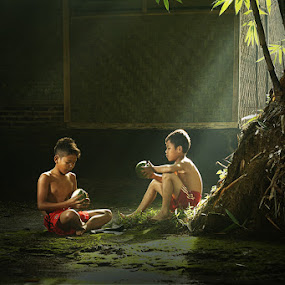 with friends by Ramadhan Bagaskara Arya Parmuka - Babies & Children Children Candids ( sahabat )