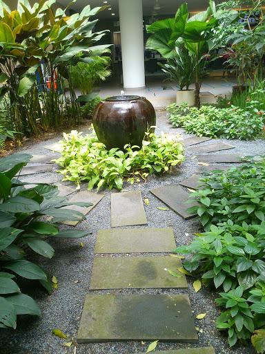 Hougang Polyclinic Urn Fountain
