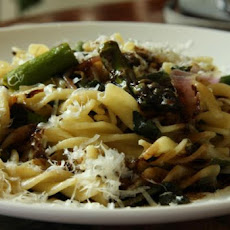 Fusilli With Asparagus Basil and Balsamic Glaze
