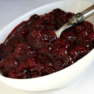 Cinnamon- Kissed Cranberry Sauce