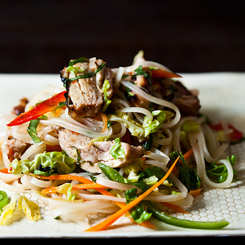 Grilled Tuna with Cucumber-Noodle Salad Recipe | Yummly