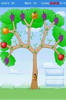 Screenshot of bugs eat fruits